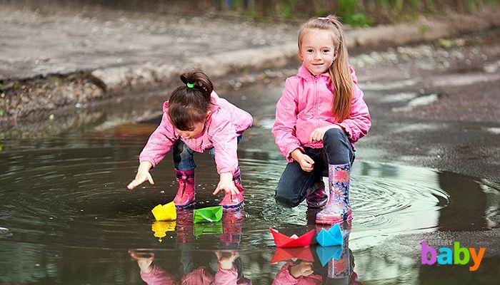 Детские резиновые сапоги и дутики: что и при какой погоде выбрать?