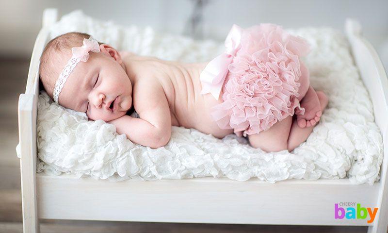 Как выбрать наилучший матрас для новорожденного?