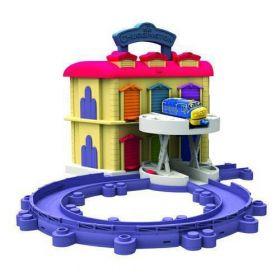 Chuggington, Игровой набор Двухэтажное депо с Брюстером Chuggington