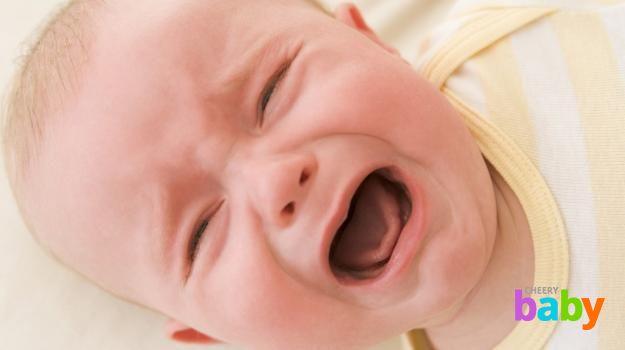 Ребенок кричит без причины